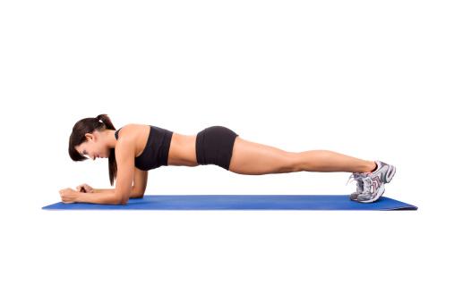 5 buenos ejercicios para tonificar tu abdomen salud180 - Ejercicios para perder barriga en casa ...