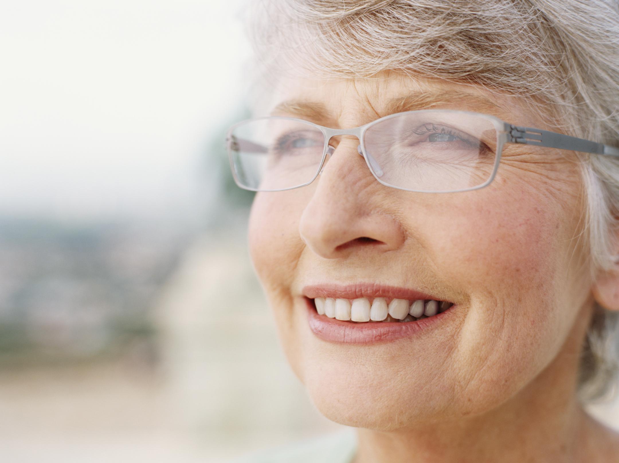Uso del maquillaje en la tercera edad   Salud180