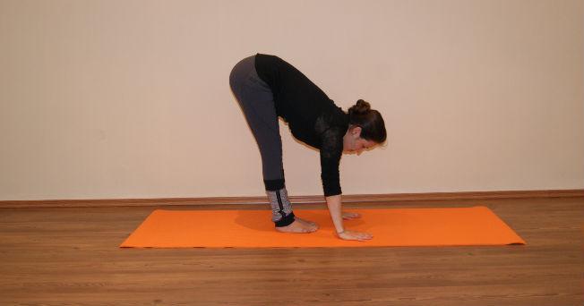 11 posturas básicas para practicar yoga | Salud180