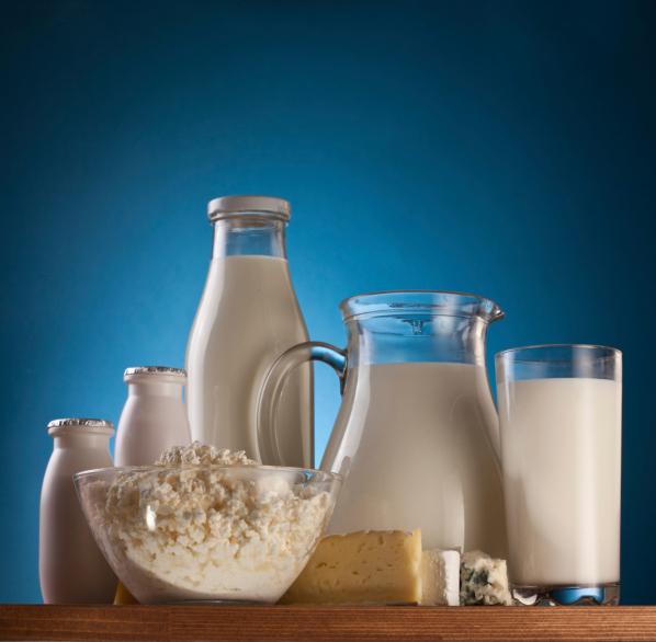 Conserva tu silueta con crema batida light salud180 for Jarra leche