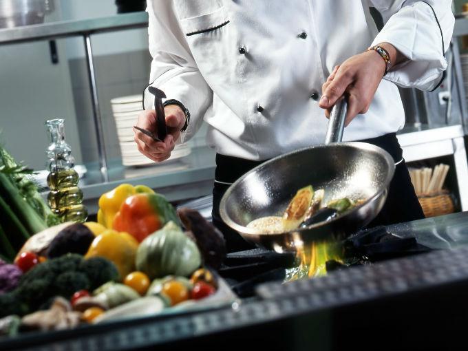 5 utensilios seguros para cocinar salud180 for Utensilios para cocinar
