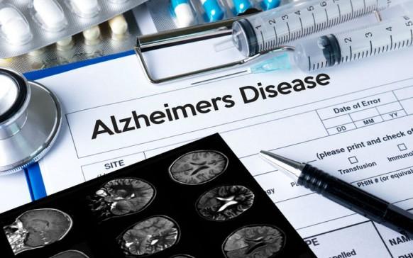 Ser bilingüe previene el Alzhéimer