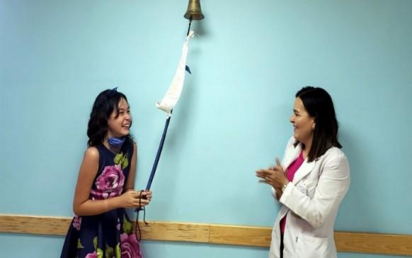 Después de 120 quimioterapias, niña en México vence el cáncer