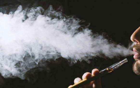 Cigarro electrónico le explota a un hombre y muere