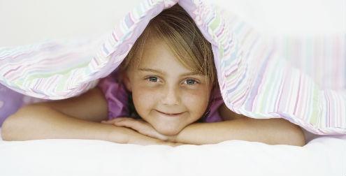 Hipersomnia por enuresis en cama de adulto