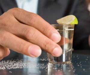 7 efectos del alcohol en el organismo