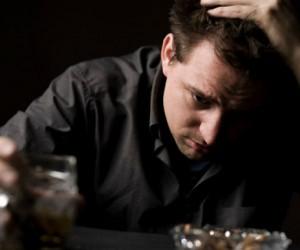 ¿Bebes alcohol por estrés?