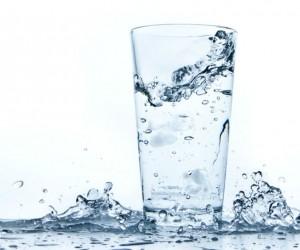 ¿ El agua con gas engorda?
