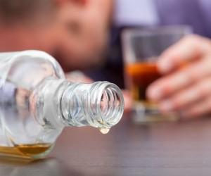 Aprende a identificar las bebidas adulteradas
