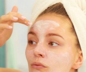 Mascarilla de maicena para rejuvenecer la piel