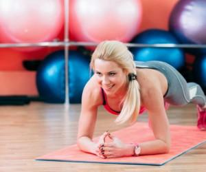 3 tipos de plancha que equivalen a 100 abdominales