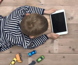 Así es como puedes proteger a tu hijo de las amenazas del Internet