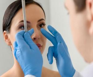 Cirugías estéticas más populares en mujeres y sus riesgos