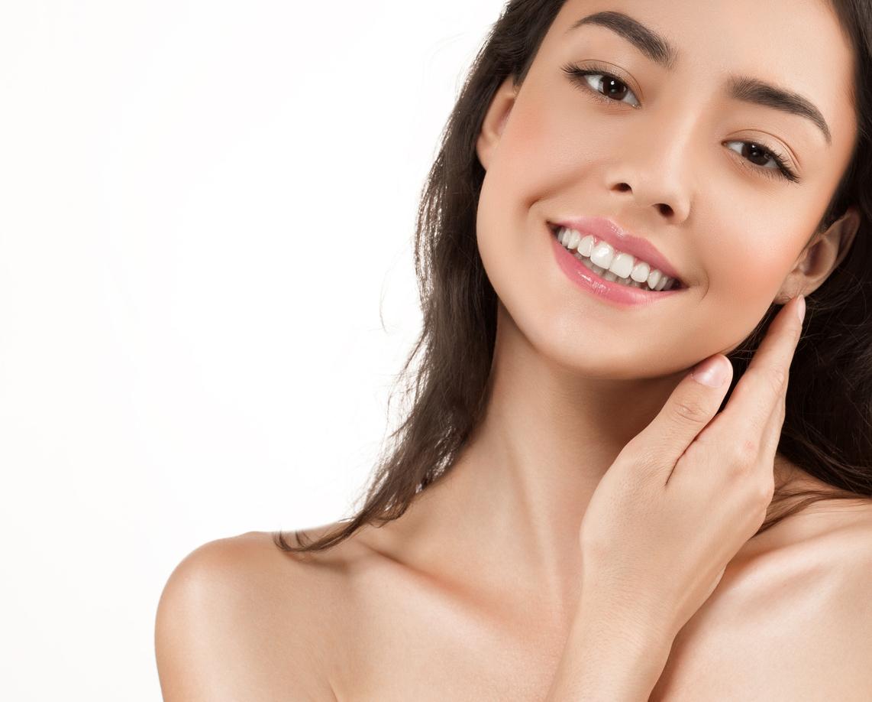 Cuando se trata de cuidados de la piel, uno de los mejores productos que podemos aplicar son los aceites naturales