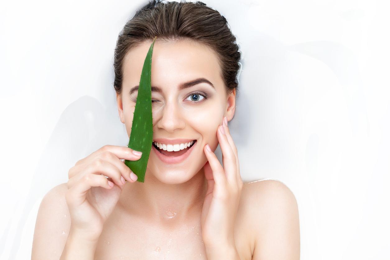 La sábila es rica en colágeno y elastina, por eso es el ingrediente favorito en diversos remedios estéticos