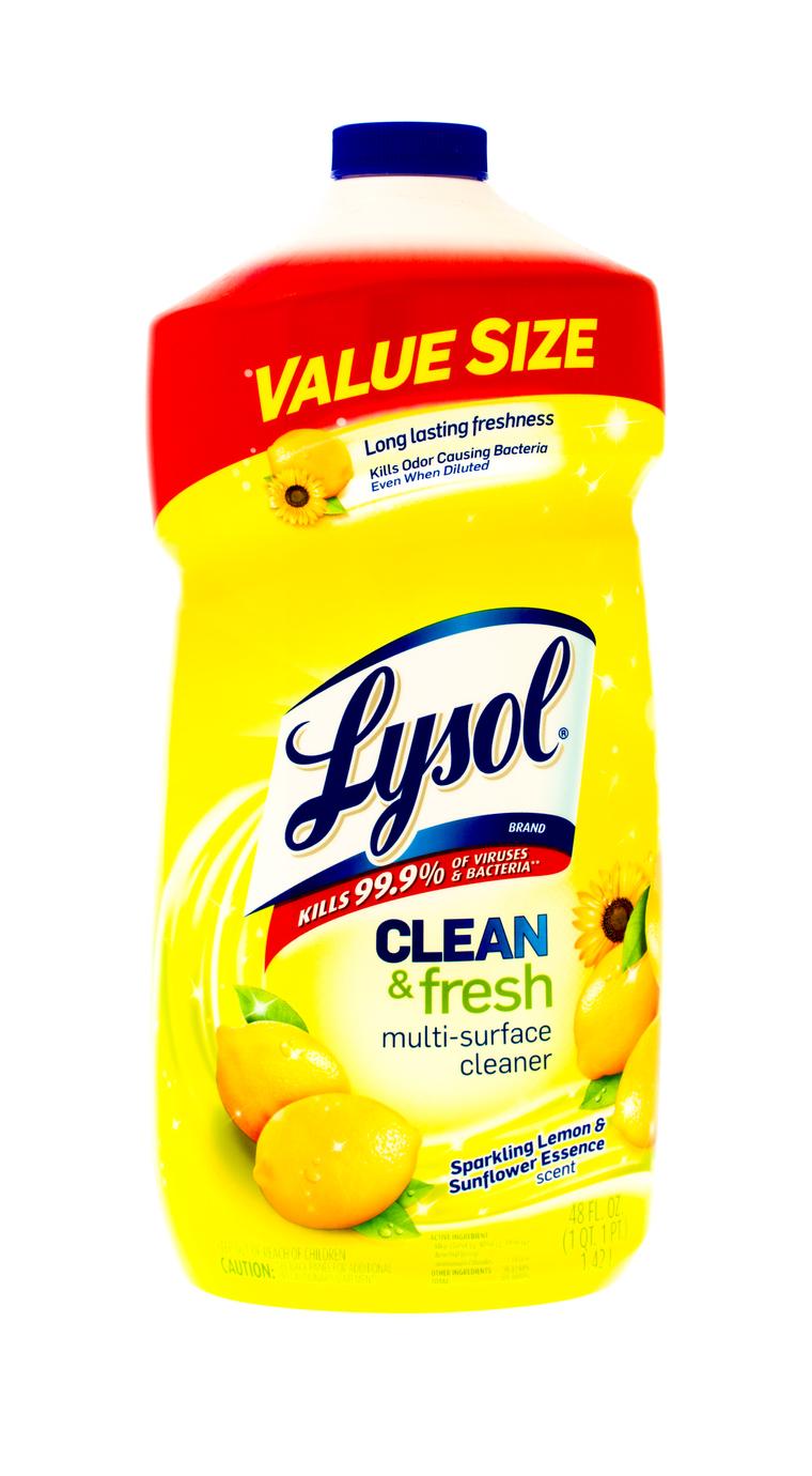 Uno de los tantos productos que la gente compraba, además del papel, fueron los antibacteriales Lysol