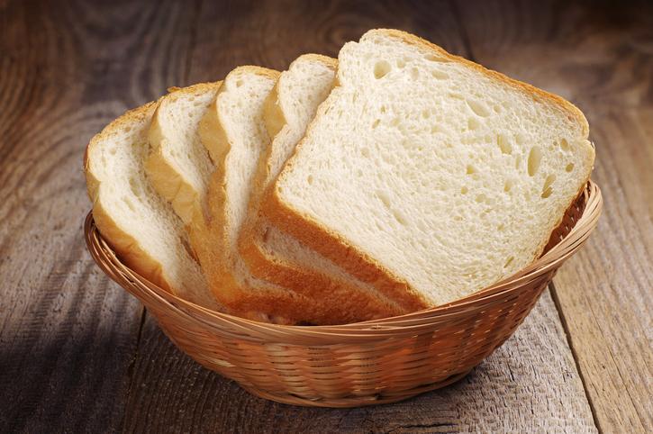 Truco para evitar que el pan blanco te engorde