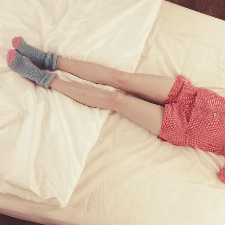 dormir_con_calcetines_es_bueno_salud180_1.jpg
