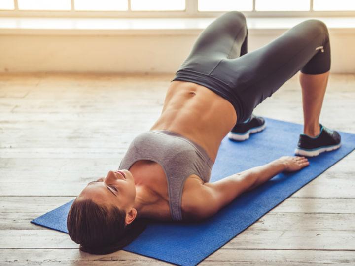 Rutina de ejercicios en la cama para bajar de peso y