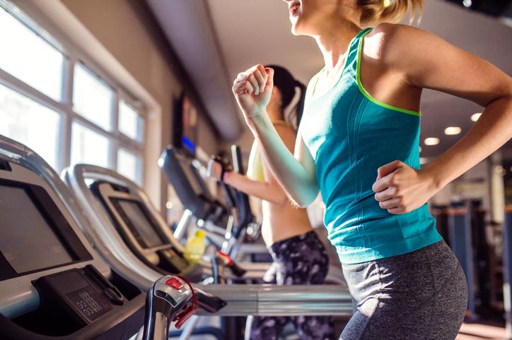 eliminar grasa acumulada en el abdomen bajo