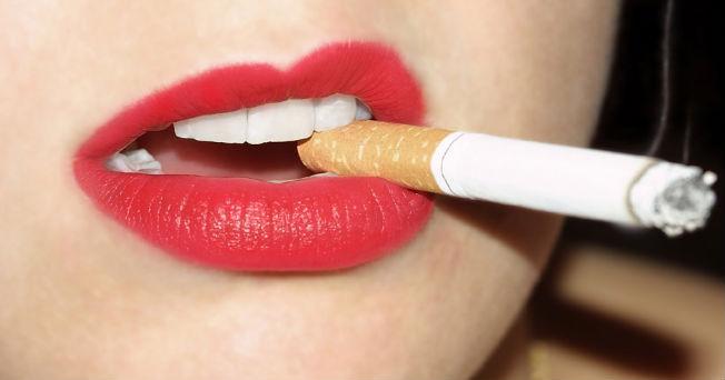 Porque el cigarrillo hace bajar de peso