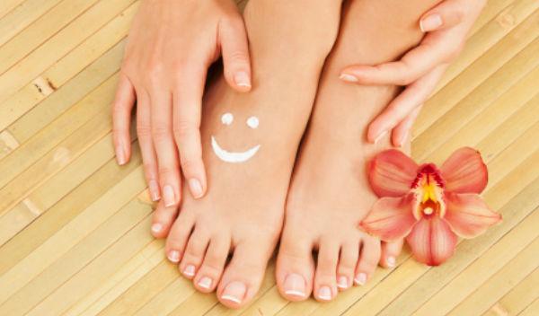 Descalzos caminando pies sensibles