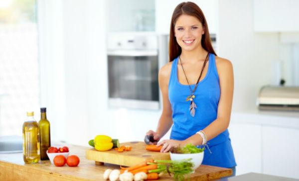 Conoce los alimentos que se comen de manera incorrecta, lo que disminuye sus beneficios. Cortesía: Gettyimages