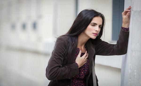 sintomas de preinfarto en mujeres jovenes