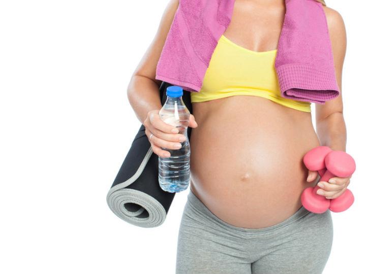 Ejercicios en el gym para embarazadas