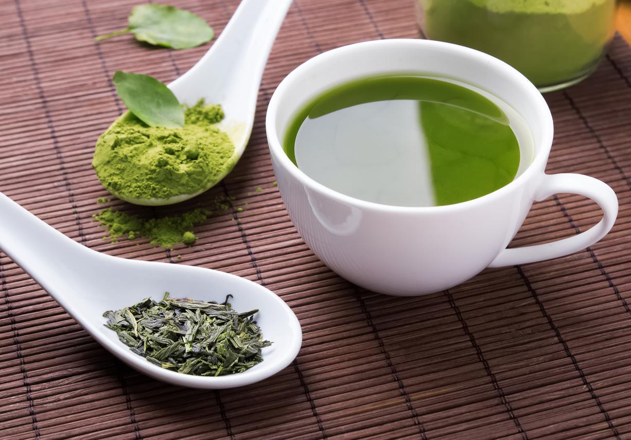 Como se debe tomar el te verde en ayunas