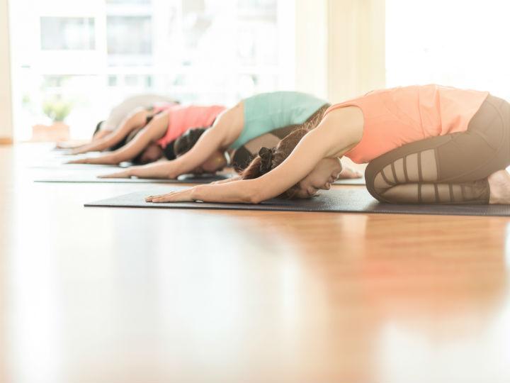 5 ejercicios para la inflamación abdominal y ayudar a tu sistema digestivo