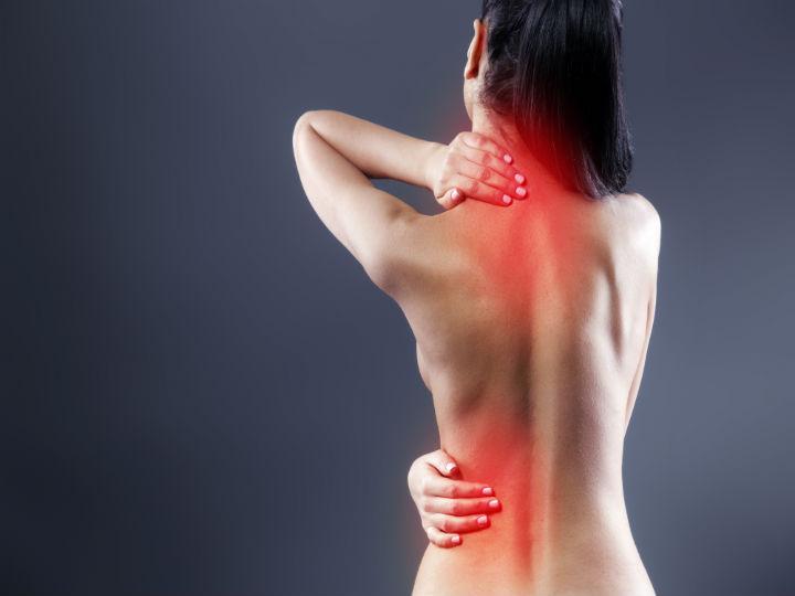 Cómo eliminar los nudos musculares en la espalda