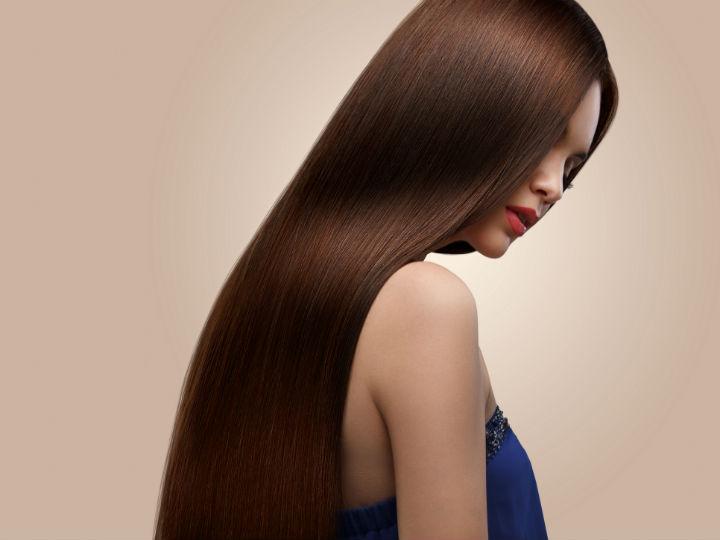 Cómo alisar tu cabello de forma natural