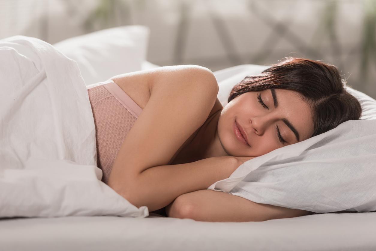 Resultado de imagen para dormir de lado