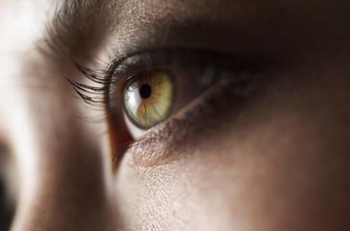 personas con ojos verde