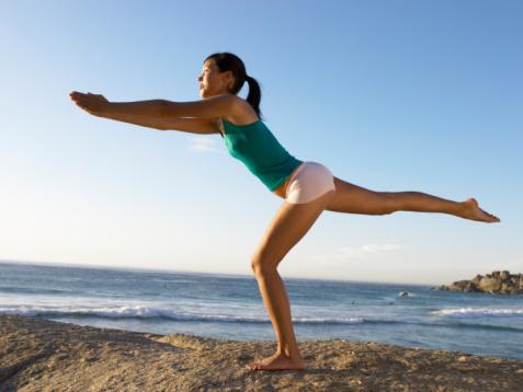 Los dolores pulsativos en la espalda que dan en el vientre