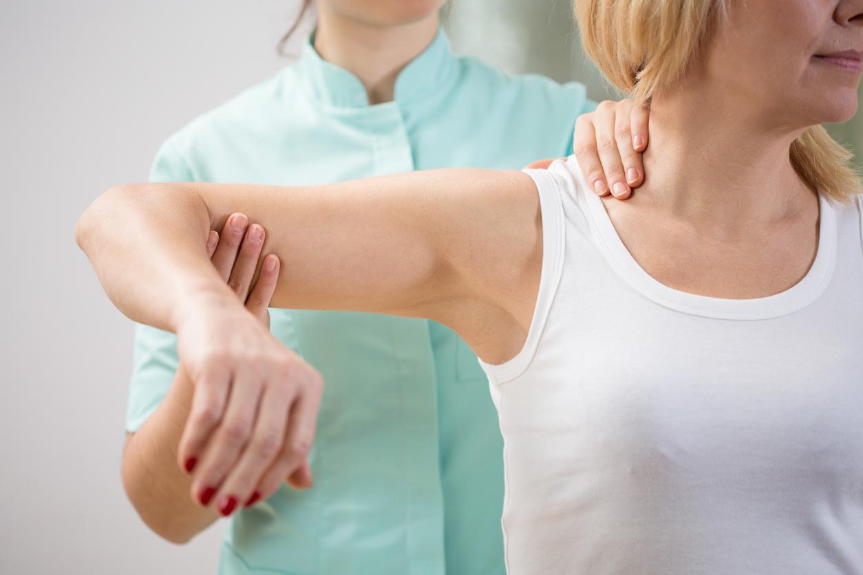 dolor de espalda hombro y brazo derecho