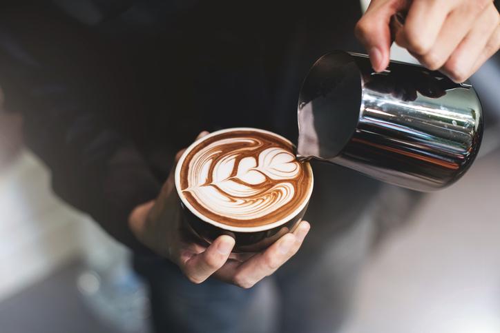 errores que cometes al tomar café