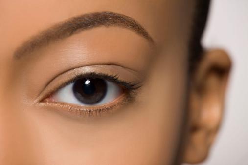 el color de tus ojos revela tu personalidad salud180