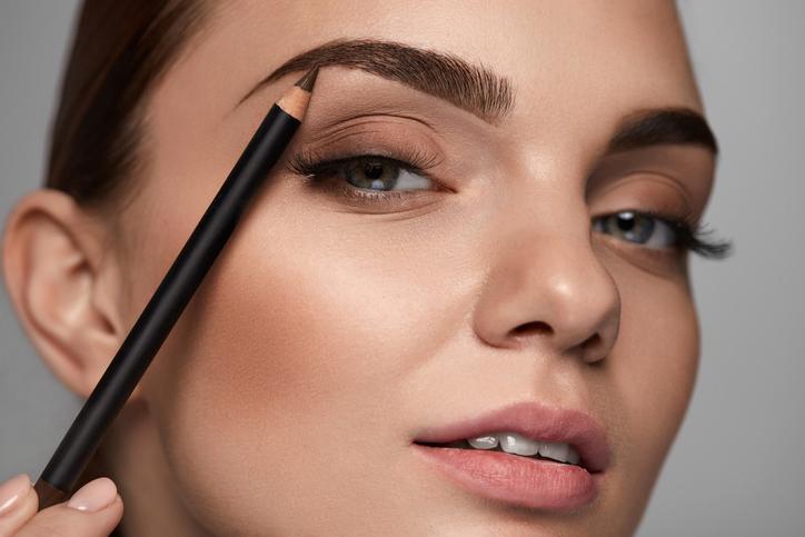Personas narcisistas tienen cejas más gruesas