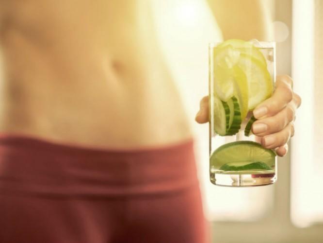 tomar limonada en la noche