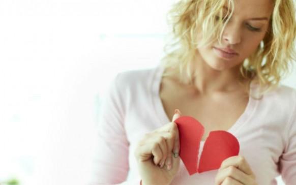 Errores que cometes después de una ruptura amorosa