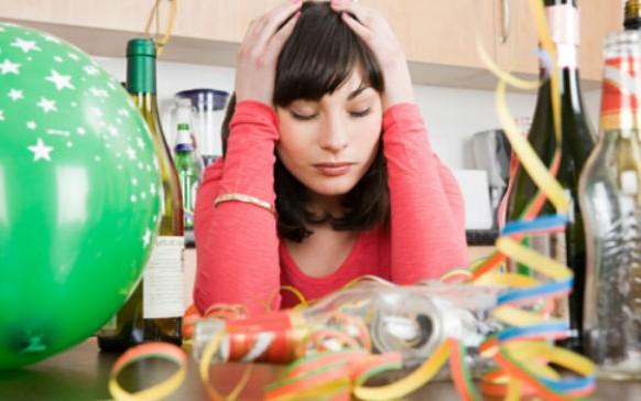 ¿Por qué no recuerdas nada cuando bebes mucho alcohol?