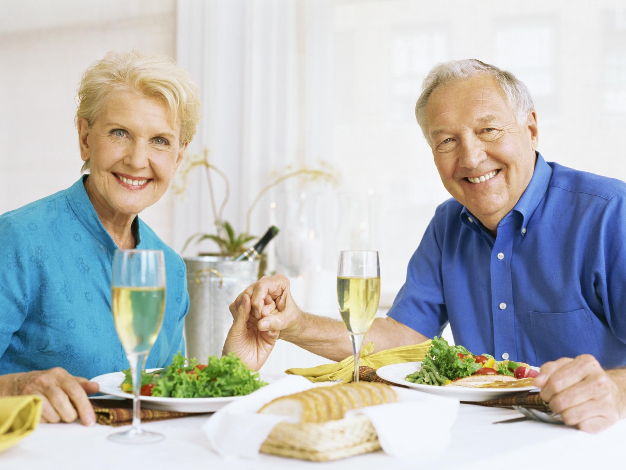 Los abuelos solo pueden sobar - 3 part 2