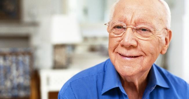 Opciones de cuidado para el adulto mayor salud180 for Accesorio de dormitorio para adultos