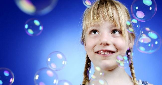 5 cosas que hacen feliz a un ni o salud180 - Nino 6 anos se hace pis ...