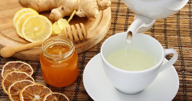Resultado de imagen para Infusión de menta y miel para calmar la irritación de la garganta