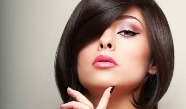 500536aff0 Evita estos hábitos si usas lentes de contacto para no dañar tu visión.  Cortesía: Photos.com