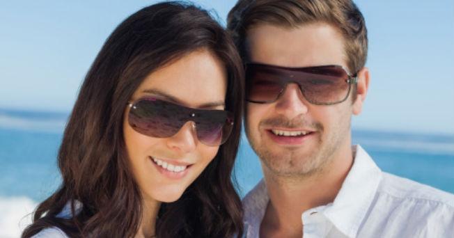 3e2859d491 5 explicaciones de por qué usar lentes oscuros te hacen más atractivo