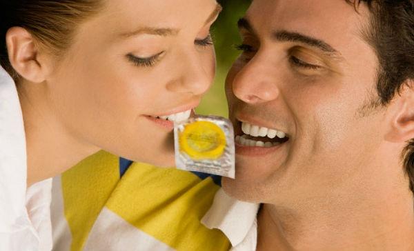 social polaco oral con condón